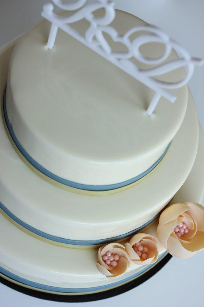 kazu-torte-iniciali