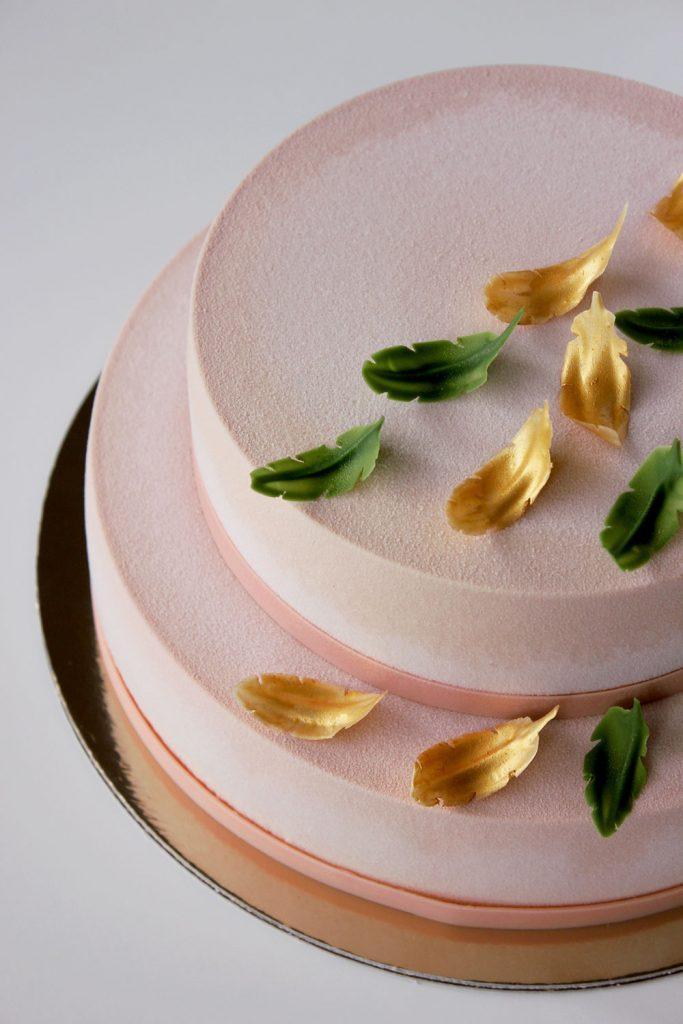 kazu-torte-spalvas