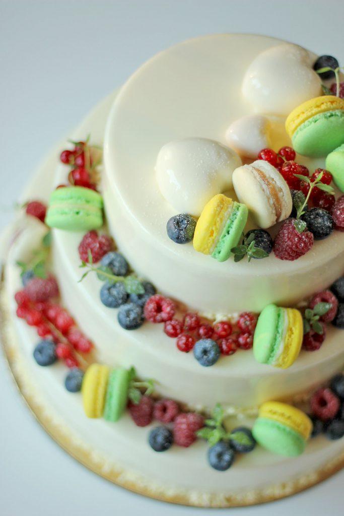kazu-torte-macarons-ogas