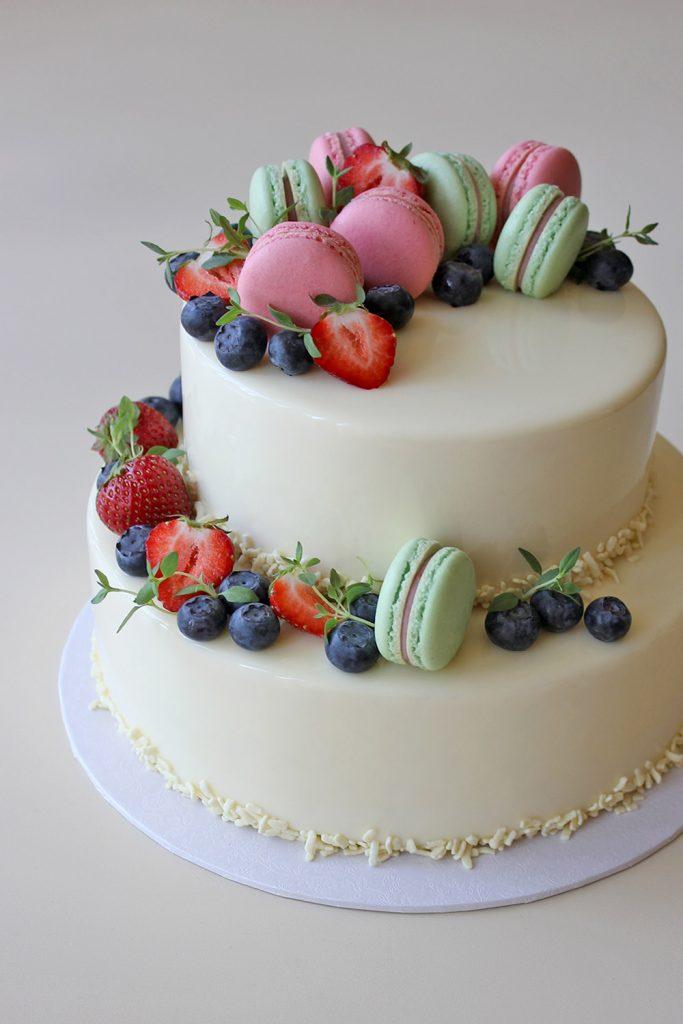 kazu-torte-macarons-zalumi