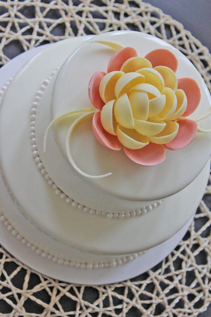 kazu-torte-roza-peonija
